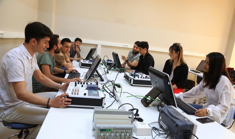 HKÜ Hukuk Fakültesi mezununun büyük Tekno-Girişimcilik başarısı!